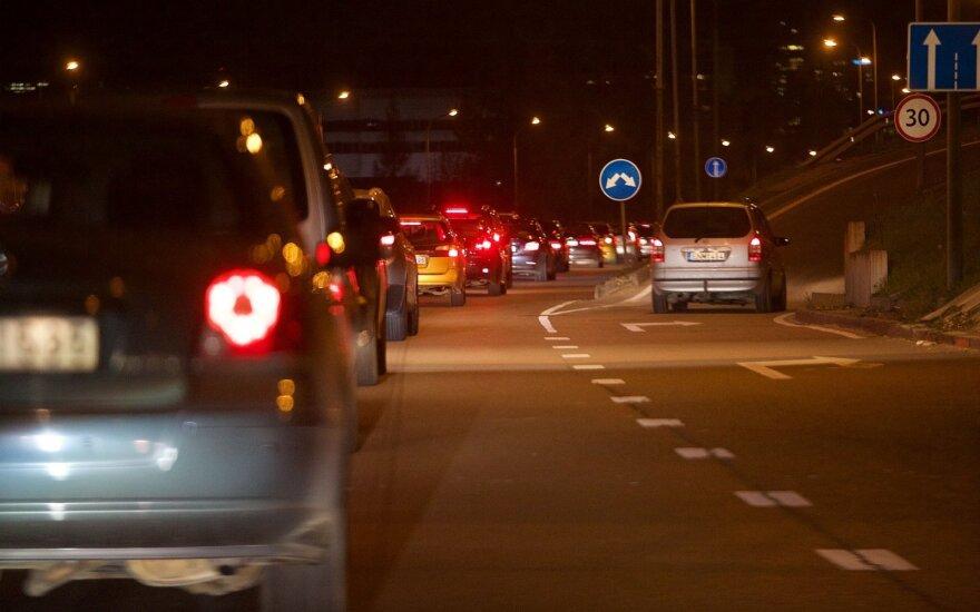Norvegijoje 2025 m. gali nelikti kuru varomų automobilių