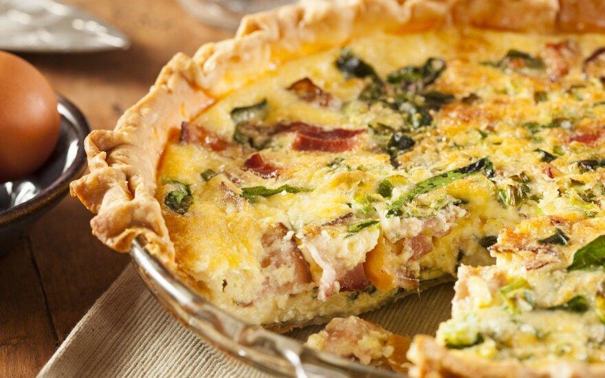 Savaitgalio pusryčiams – sotusis pyragas iš mėgstamiausių jūsų produktų