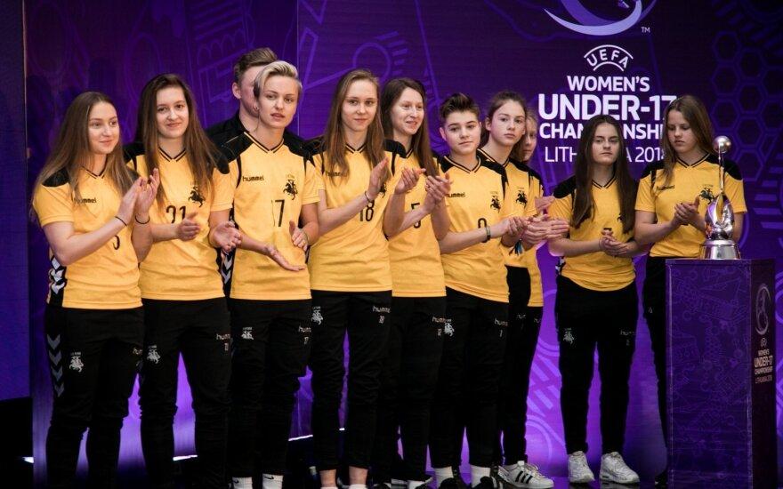 Lietuvos jaunių merginų futbolo rinktinė išvyko į stovyklą Kipre
