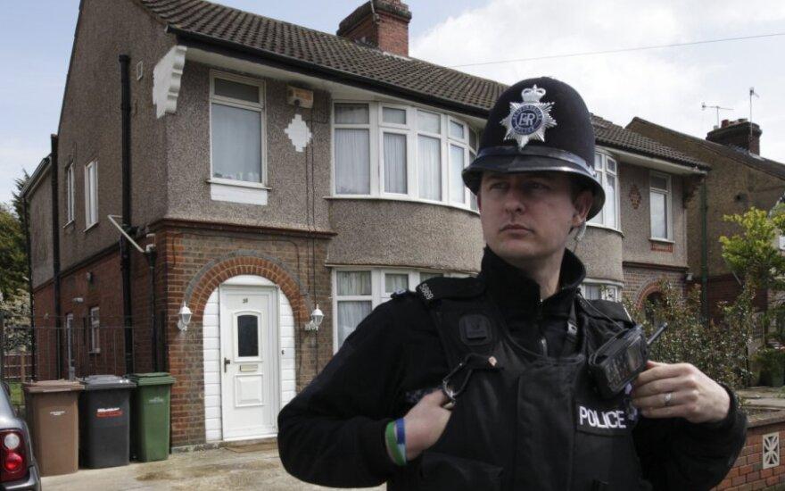 Britų policija išlaisvino vergovėje laikytus lietuvius