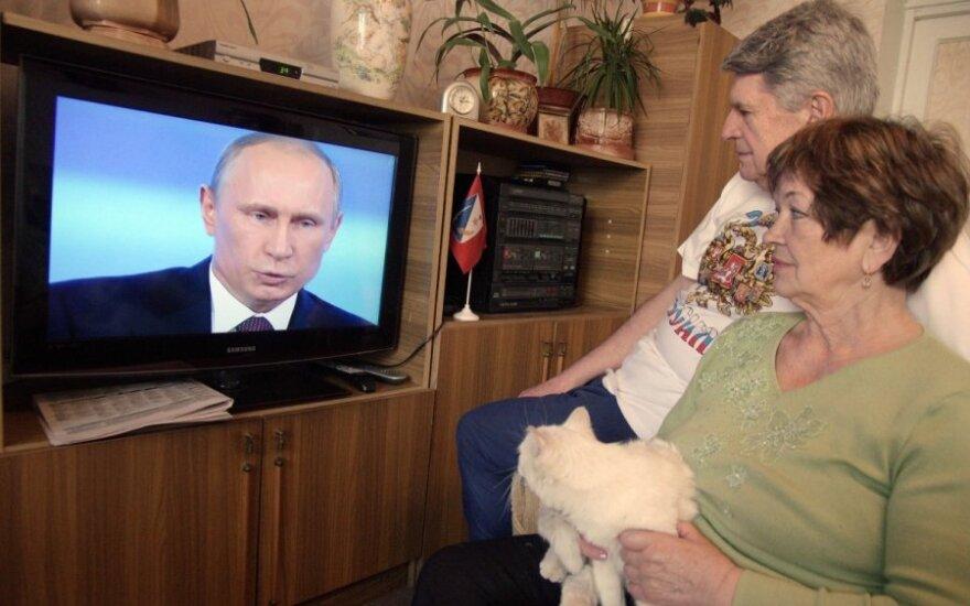 Ragina: reikia išjungti rusiškus TV kanalus be didelių diskusijų