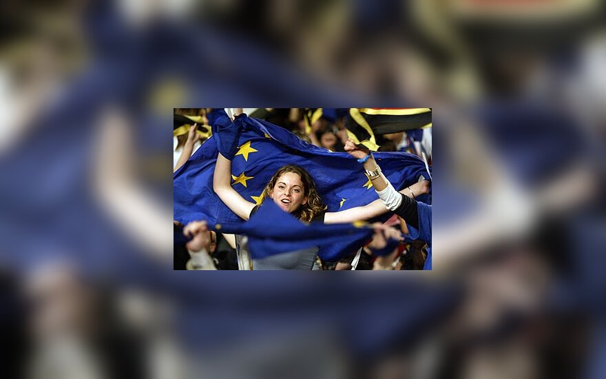 Europos Sąjunga, mergina su ES vėliava, ES