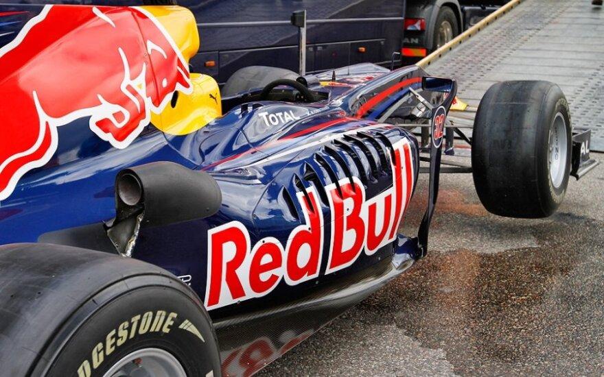 """""""Red Bull"""" planuose – įprasti automobiliai"""