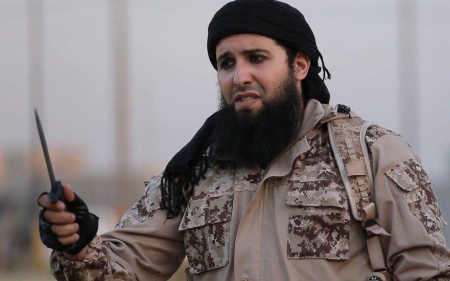 IS džihadistai Rytų Sirijoje nukirsdino galvas 33 žmonėms