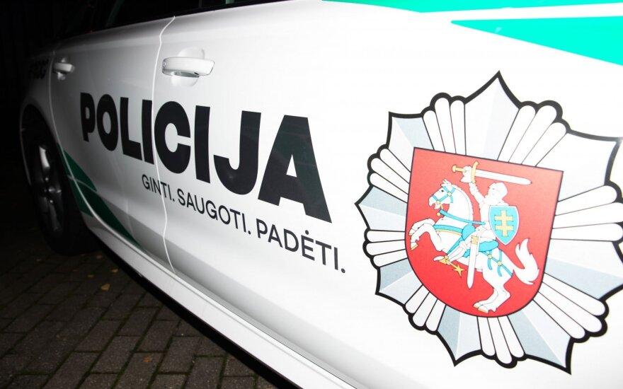 """Avarija Kaune: policijos tarnybinis automobilis rėžėsi į """"Audi"""""""
