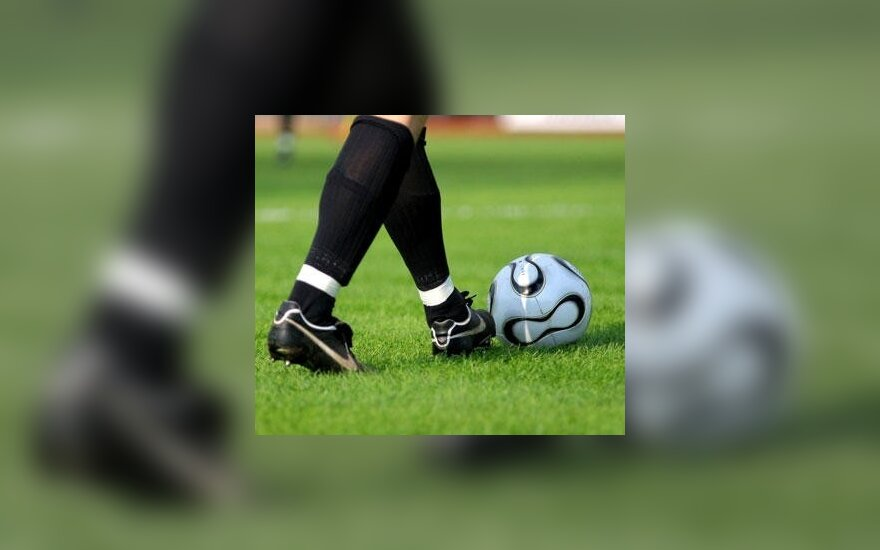 6-asis Sekmadienio futbolo lygos sezonas pasiekė kulminaciją