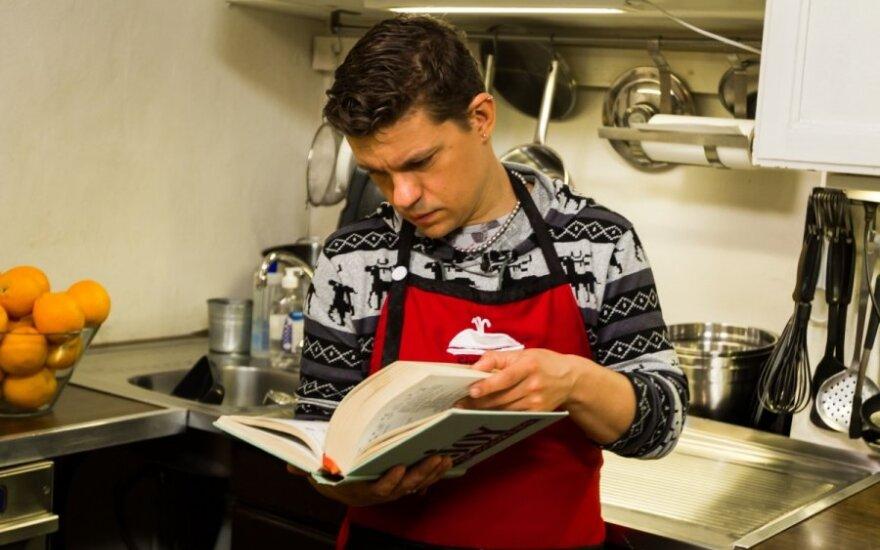 D. Norvilo namų virtuvėje šeimininkauja jis, o ne žmona