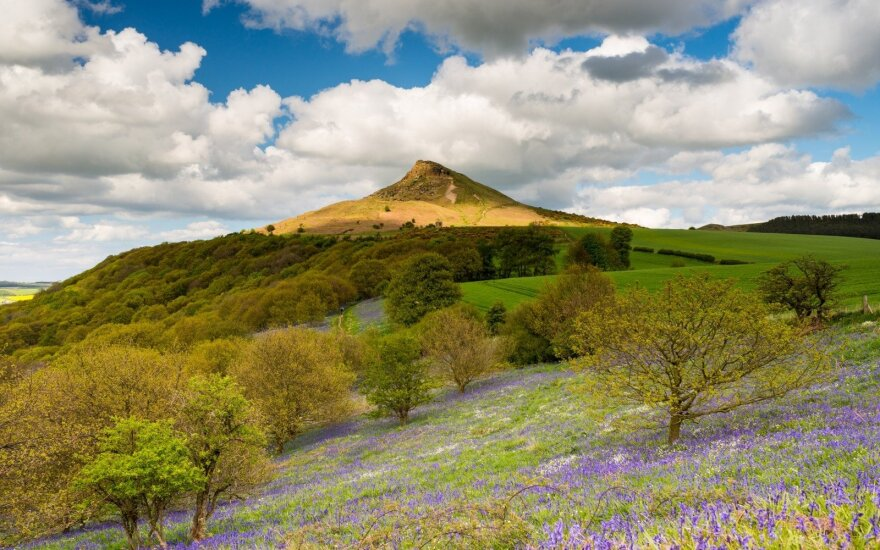 Roseberry Topping, Anglija