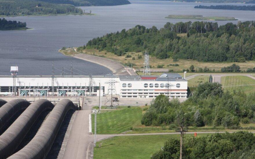 Kruonio hidroakumuliacinė elektrinė, saulės kolektoriai ant elektrinės stogo