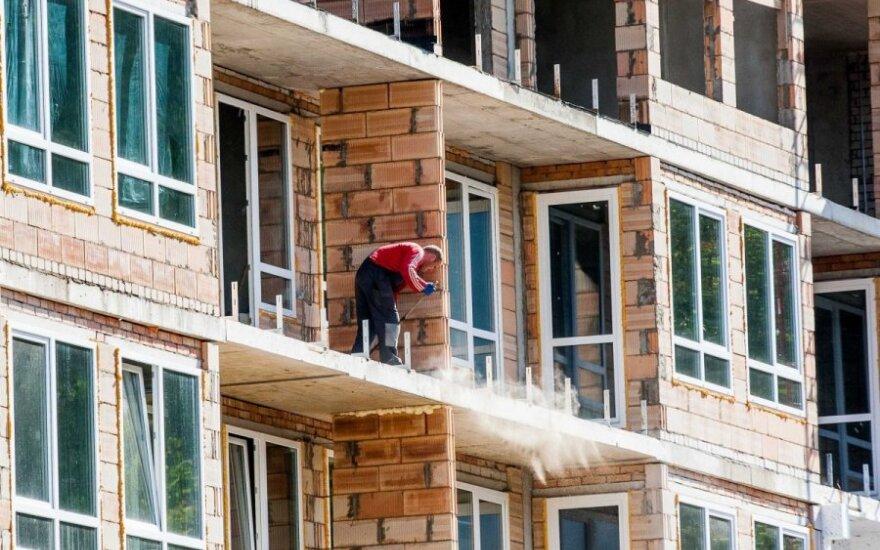 R. Matelis. Apie pastatų renovaciją trumpai: dar viena našta vargingiems gyventojams