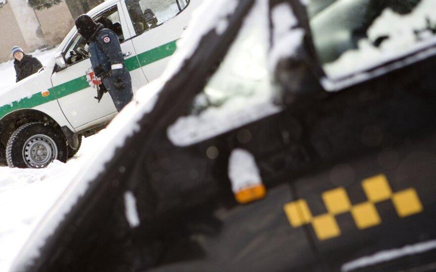 Vilniuje – 40 ikiteisminių tyrimų dėl keleivių vežimo