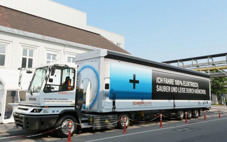 BMW pasitelkė elektrinį sunkvežimį