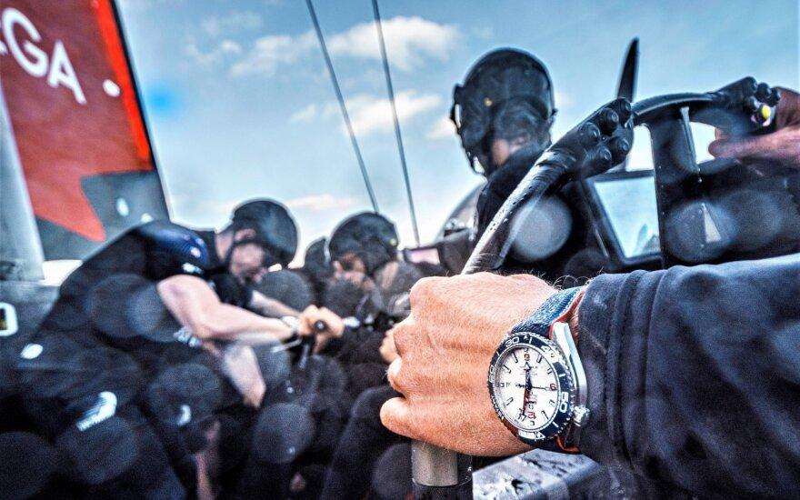 """""""Amerikos taurės"""" regata – viena iš technologiškai sudėtingiausių ir ekstremaliausių sporto šakų. Toks turi būti ir buriuotojo laikrodis. ©Emirates Team New Zealand Images"""