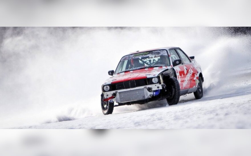 Fast Lap: Ice Attack lenktynės