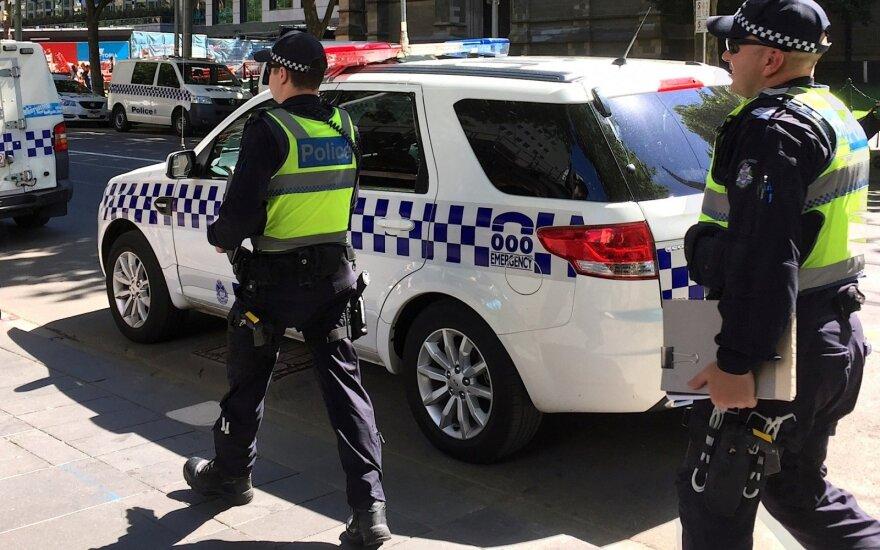 Australija: dėl įtartinų paketų evakuoti Indijos ir Didžiosios Britanijos konsulatų Melburne darbuotojai