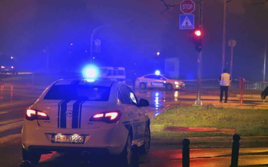 Prie JAV ambasados Podgoricoje susiprogdino vyras