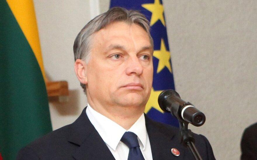 Vengrija neatlaikė ES spaudimo