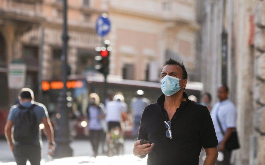 Koronaviruso infekcijos paveiktų valstybių sąrašą papildė Turkija, išbraukta Kanada