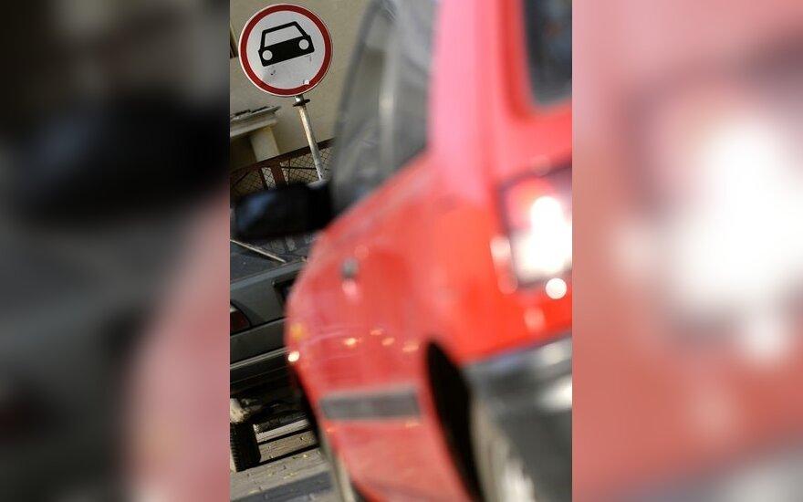 Dėl kelio ženklų – painiava