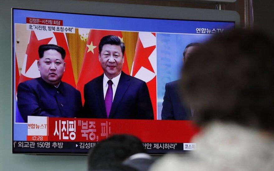 Japonijos žiniasklaida: Šiaurės Korėjos delegacija lankosi Kinijoje
