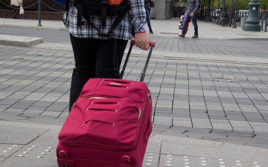 Už raginimą emigruoti lieka tūkstantinės baudos