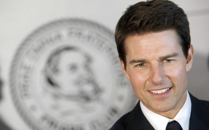 Vienišus T. Cruiso vakarus praskaidrina scientologų bažnyčiai priklausanti aktorė