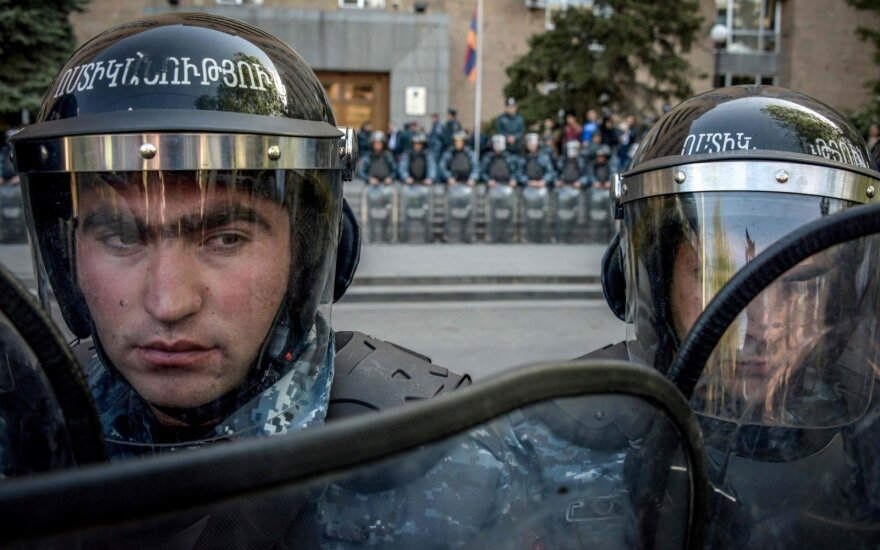 Armėniją krečia didžiulio masto protestai