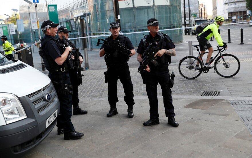 Britų policija sulaikė 16-ąjį su išpuoliu Mančesteryje siejamą asmenį