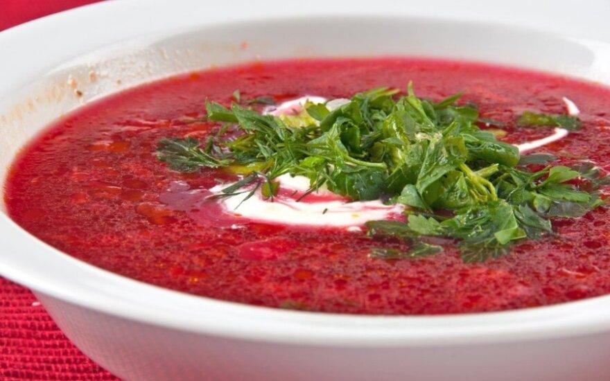 Burokėlių sriuba su triušiena