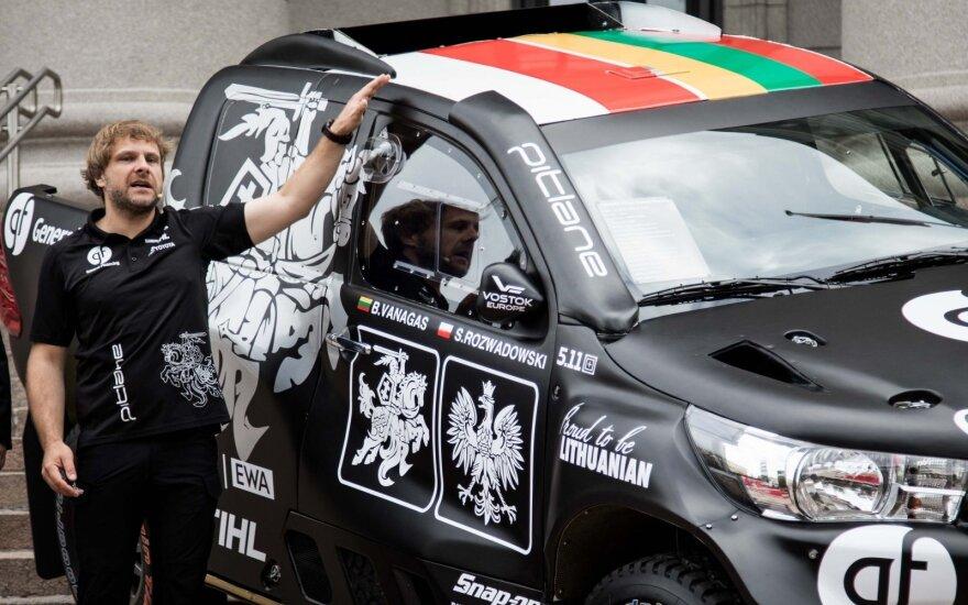 Atskleidė kortas: Vanagas palygino, kas iš tiesų skiriasi lietuvių Dakaro boliduose