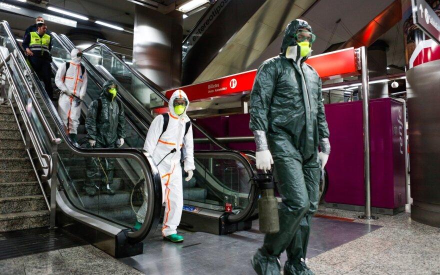 ES lyderiai reiškia solidarumą su koronaviruso krizės apimta Ispanija