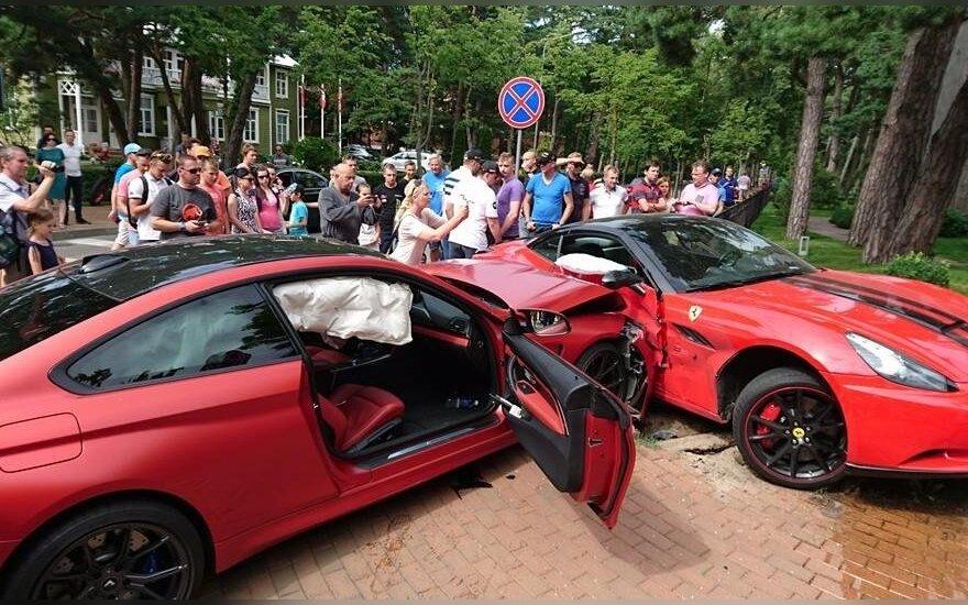 """BMW M4"" taranavo U. Kiguolio ""Ferrari"""