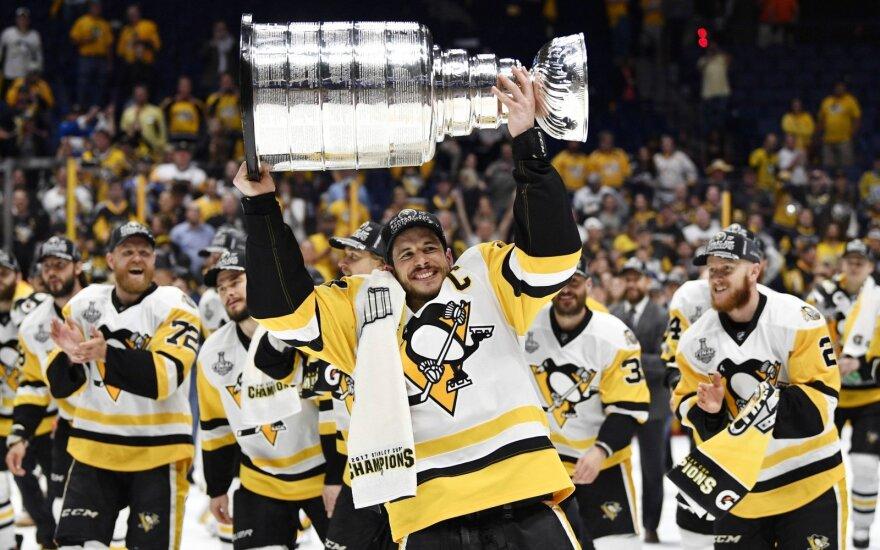 """Penguins"" ledo ritulininkai apgynė NHL čempionų titulą"