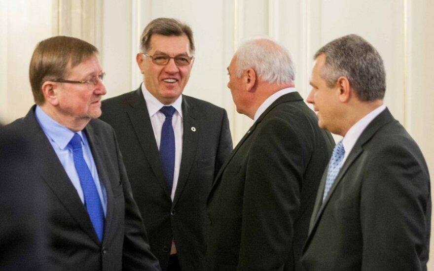 Juozas Bernatonis, Algirdas Butkevičius, Dailis Alfonsas Barakauskas ir Vigilijus Jukna