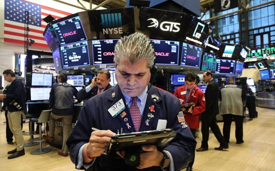 Pokalėdinis pasaulinis akcijų ralis pristojo: rinkos apžvalga