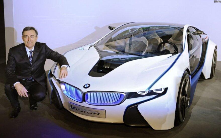 BMW vadovas Norbertas Reithoferis pristato koncepcinį kūrinį