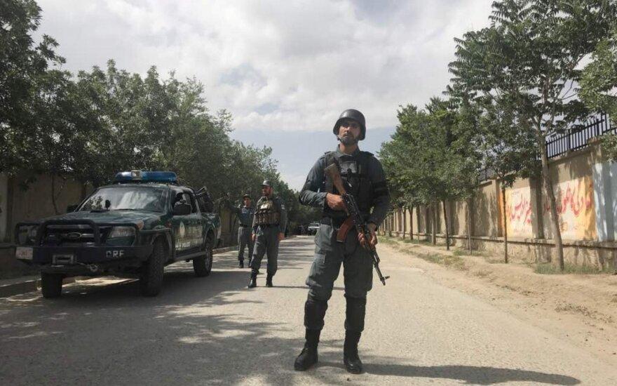 Kabule prie ministerijos susisprogdino mirtininkas, esama aukų