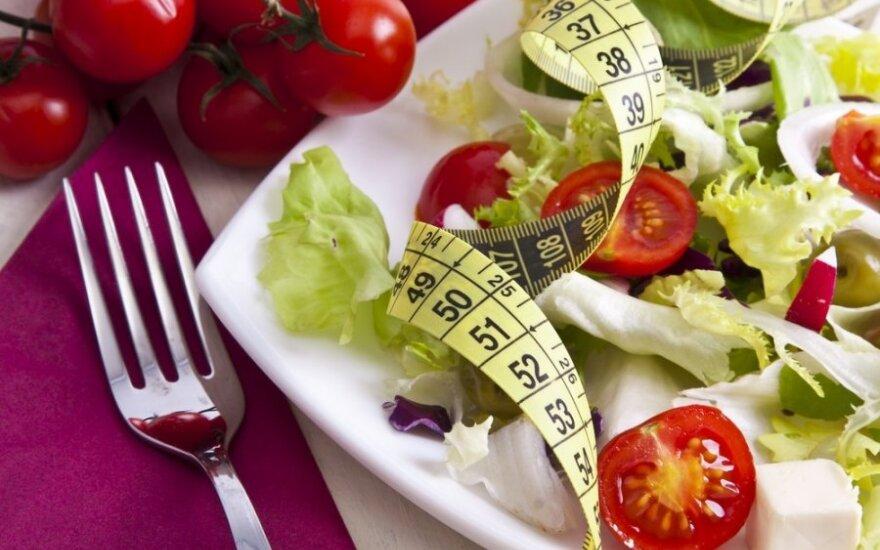 Beveik nevalgau, o svoris nekrenta: ar tikrai valgome taip mažai, kaip mums atrodo?