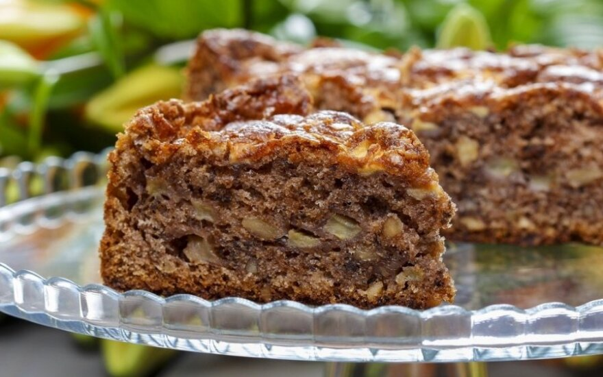 Kakavinis pyragas su obuoliais