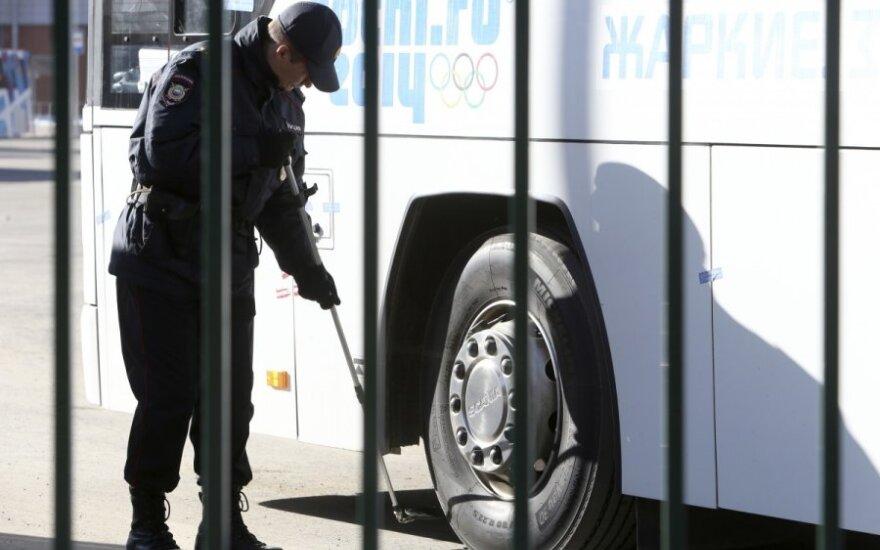 Saugumo procedūros Sočyje: autobusai važinėja užplombuotomis durimis ir langais