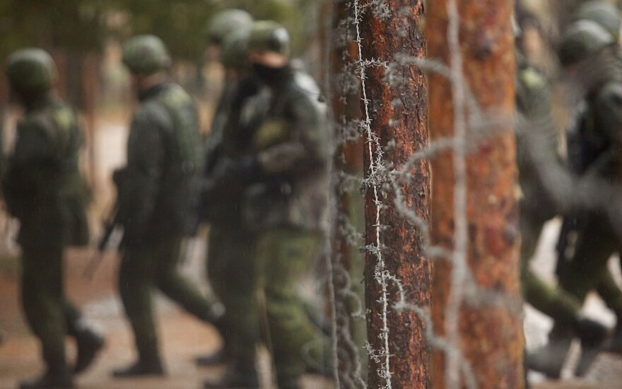 Russia, Belarus 'trying to infiltrate Lithuanian army via new recruits'