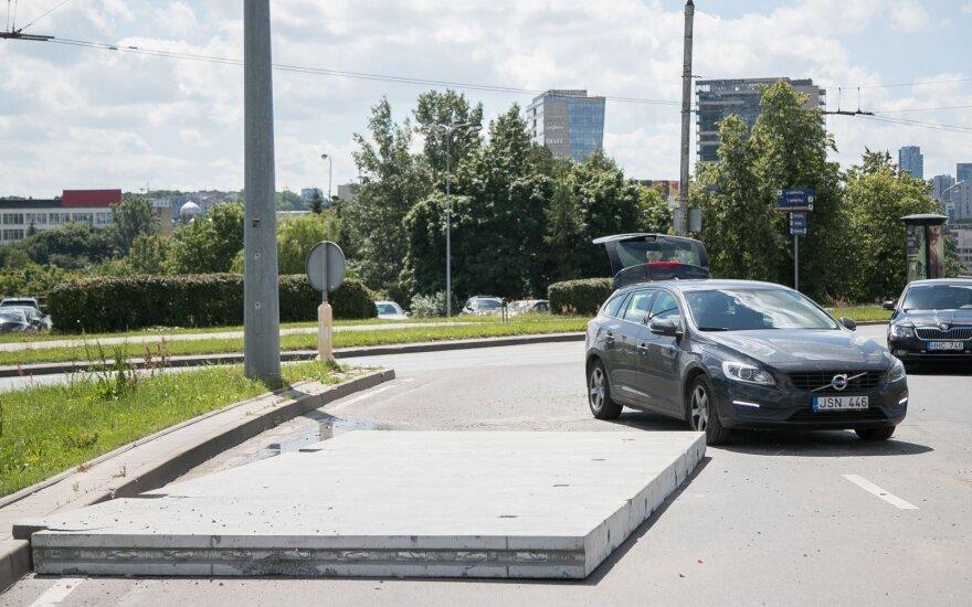 Kliūtis Geležinio Vilko žiede: didžiulis betono gabalas