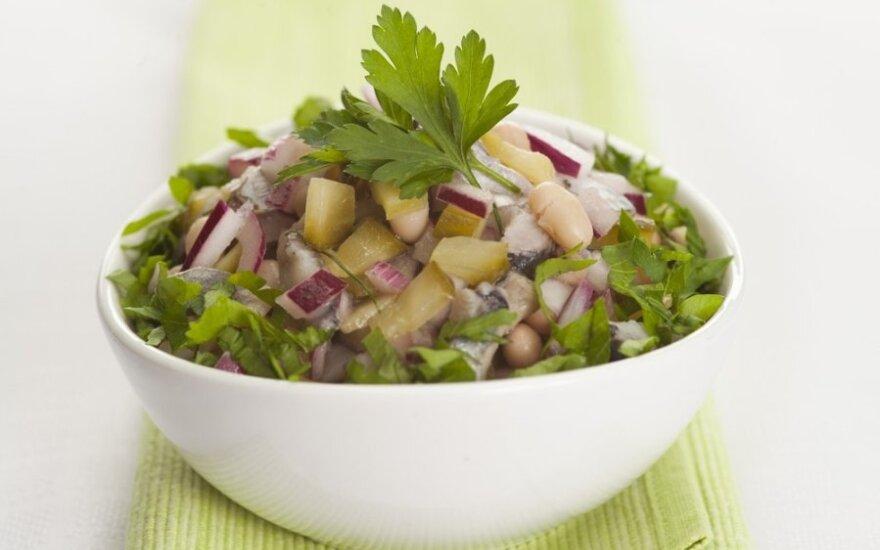 Silkių salotos su pupelėmis