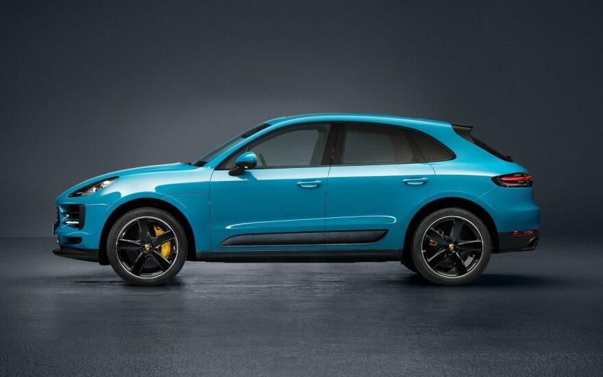 """Paryžiaus automobilių parodoje pristatytas """"Porsche Macan"""""""
