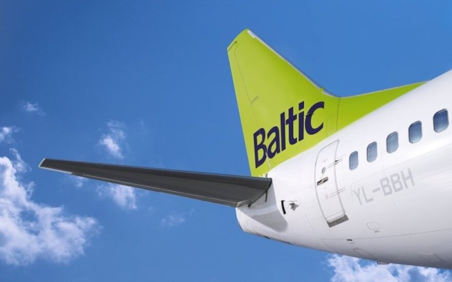 "air Baltic"" jet"