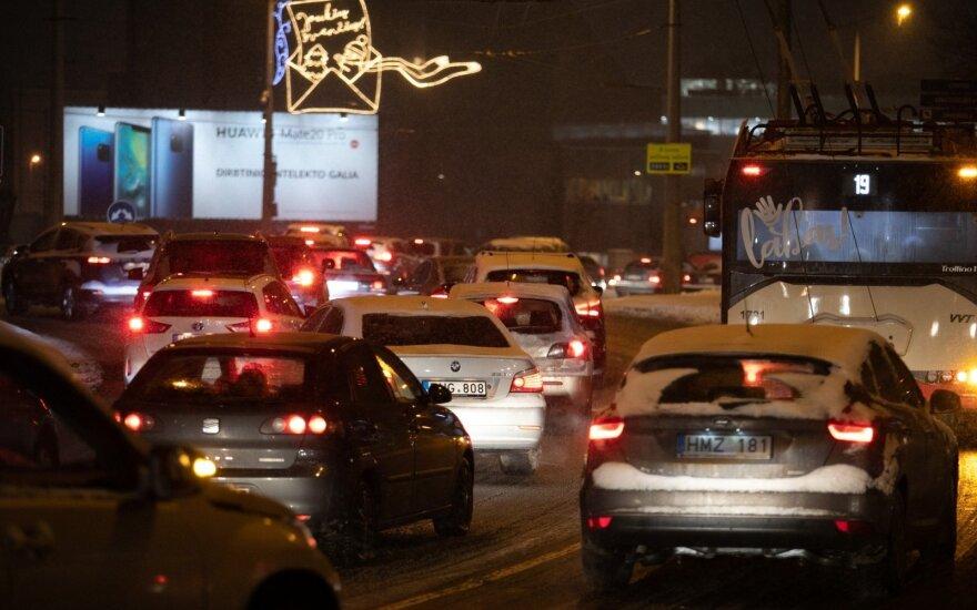Lietuvos keliais rieda tūkstančiai automobilių su suklastota rida
