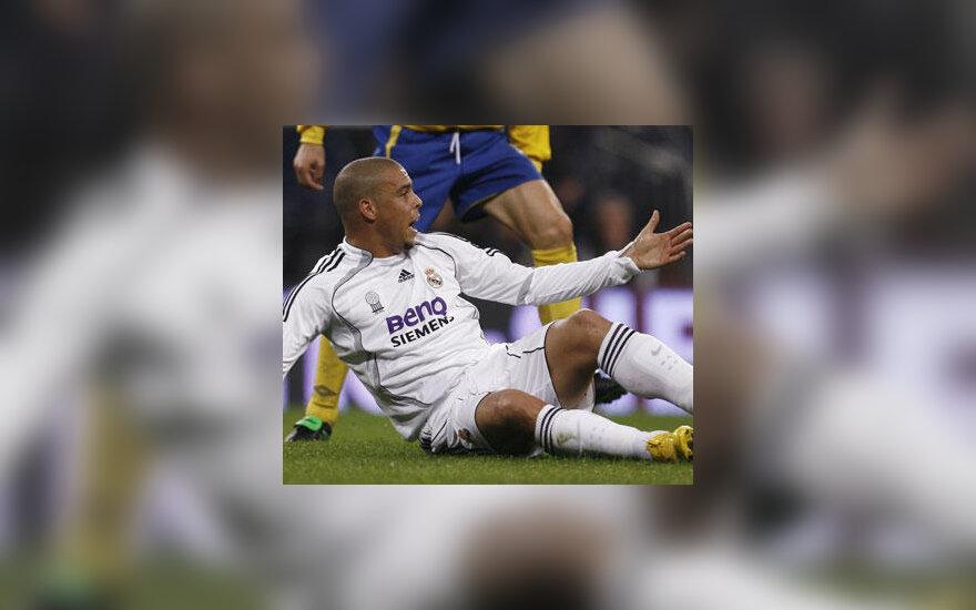 """Ronaldo (Madrido """"Real"""")"""