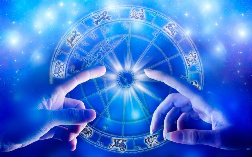 Astrologės Lolitos prognozė lapkričio 4 d.: diena naujų galimybių paieškai