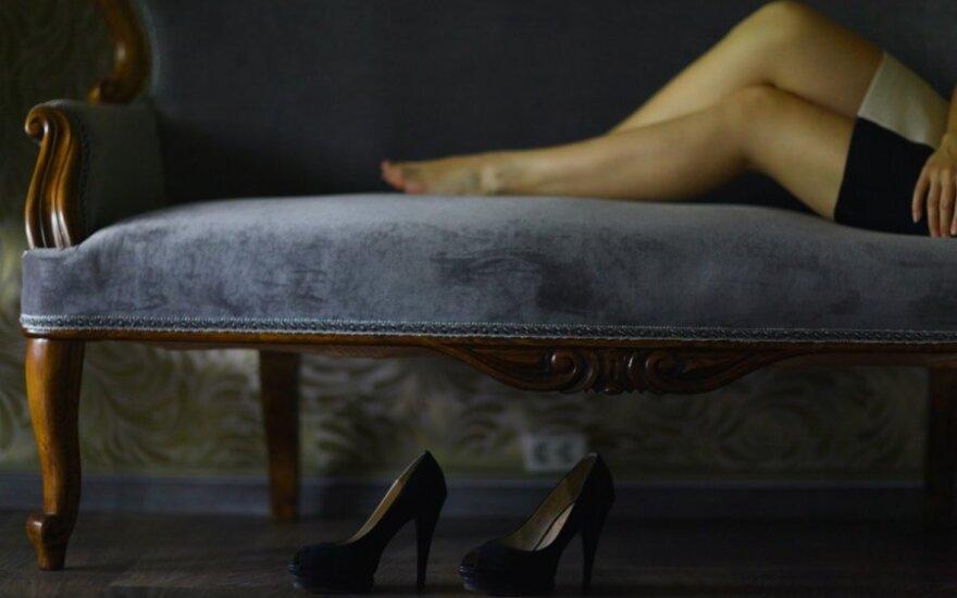 Mergina – atvirai: žvalgomės į pasiturinčius vyrus