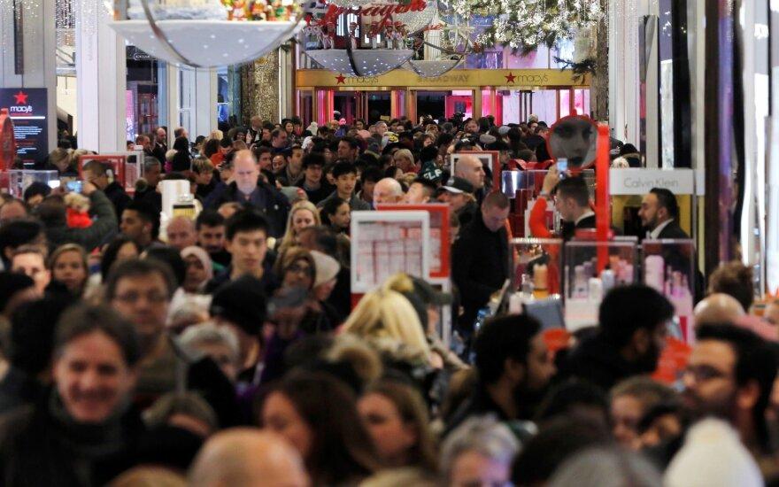 Australijos prekybos centre per grumtynes dėl kalėdinių prizų nukentėjo per dešimt žmonių